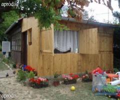 Balatonakali-öregleshegyen  szigetelt faházas 3 szobás nyaraló eladó!