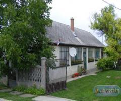 Magyaralmási ház eladó
